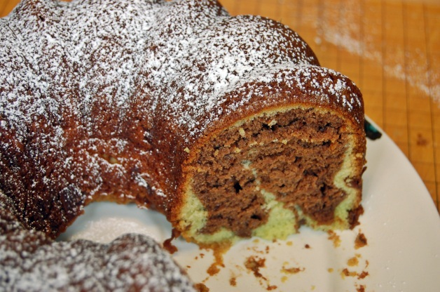 chocolate pistachio bundt cake