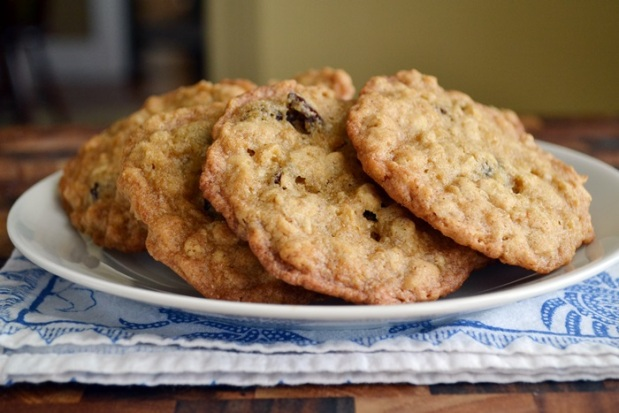 Crispy Maple Oatmeal Raisin Cookies.