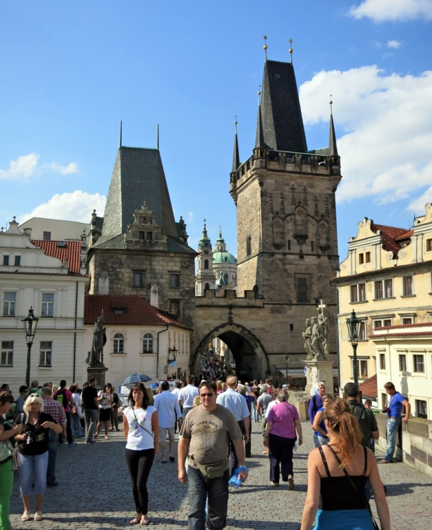 prague charles bridge day