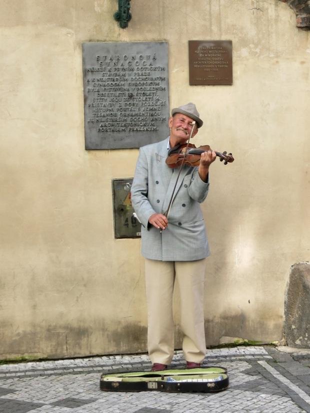 prague jewish quarter violinist