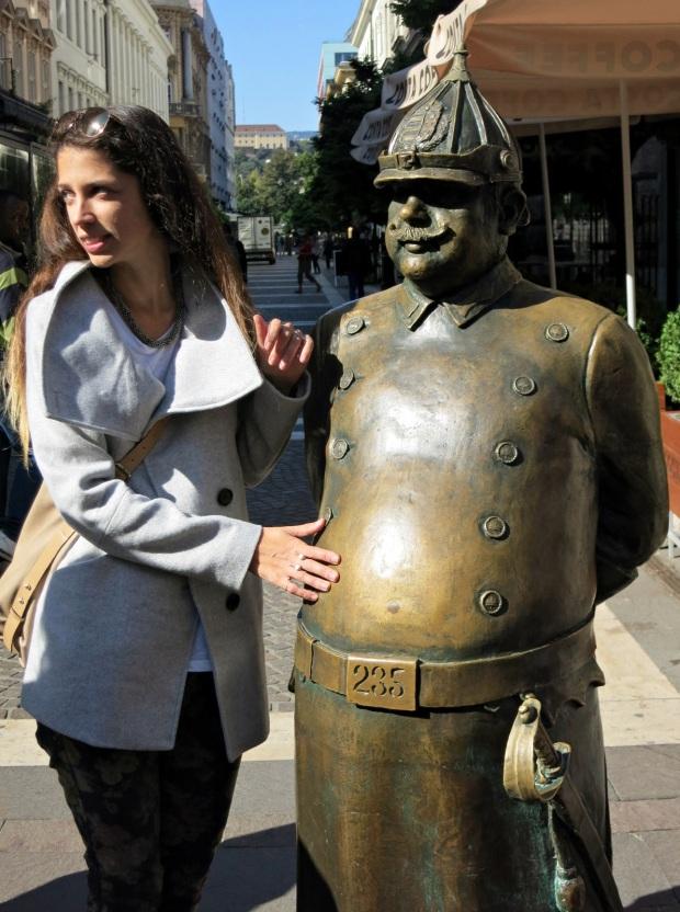 budapest policeman stomach statue