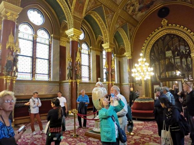 inside budapest parliament 2