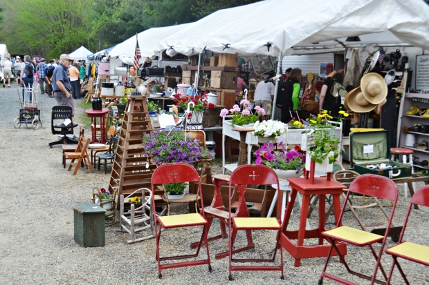 Brimfield Antiques Show